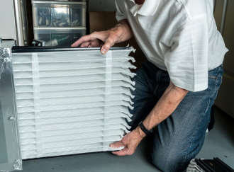 cleaning furnace filter